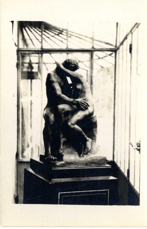 """""""Le Baiser"""" de Rodin offert à Vivier"""